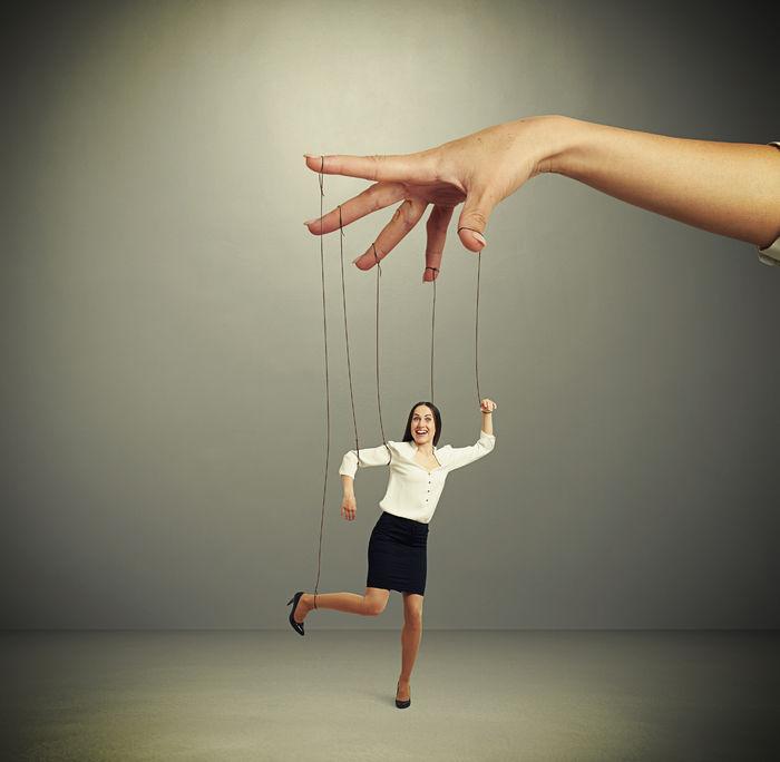 Abuso Espiritual - Parte 3 - Manipulación y coercion